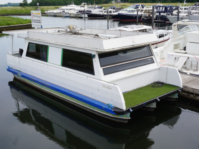 Houseboat Loosdrecht 950