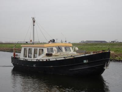 Ex RWS vlet avec moteur diesel 3 cylindres Kromhout