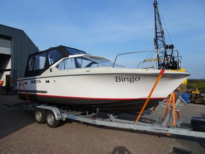 Coronet 24 Midi ordentliches gepflegtes Boot mit Anhänger