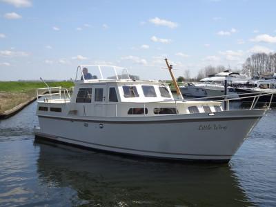 Aruda 1000 GSAK modernisé avec diesel Vetus Deutz