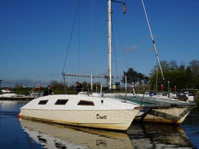 Catamaran zeilboot 10x5  met 2 motoren